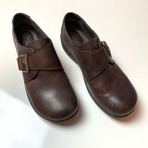 BOC Laurium Brown Leather Clog Casual Shoes